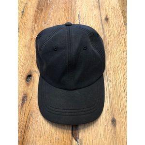 Black lululemon baseball cap